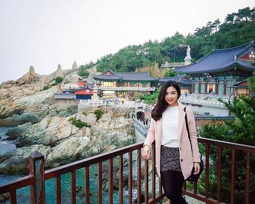 Sinh viên làm hồ sơ Visa du lịch Hàn Quốc